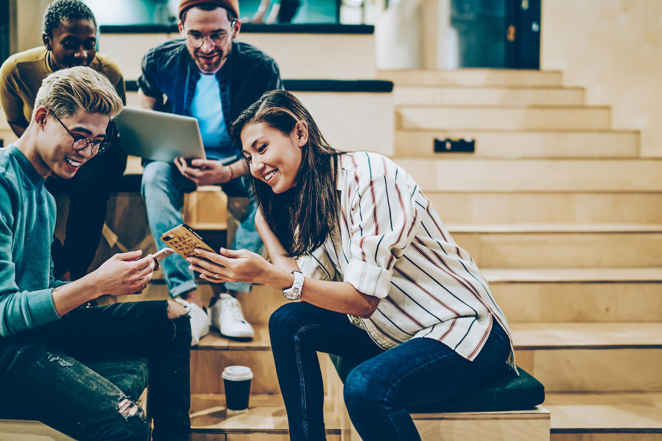 employees engaged in happy work culture